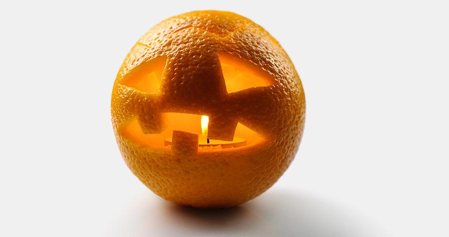 Dynia na Halloween z pomarańczy