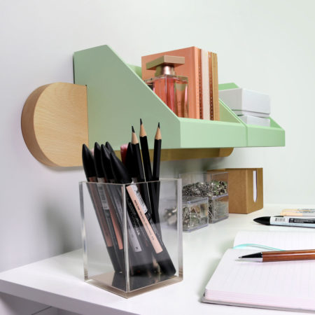 wall-mounted organiser